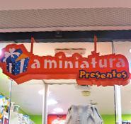 A MINIATURA