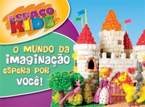 Mosaico de Cores encantam as crianças durante a oficina infantil do Shopping Frei Caneca